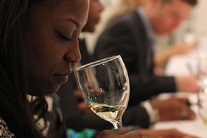women sipping wine at vinocity hosted event